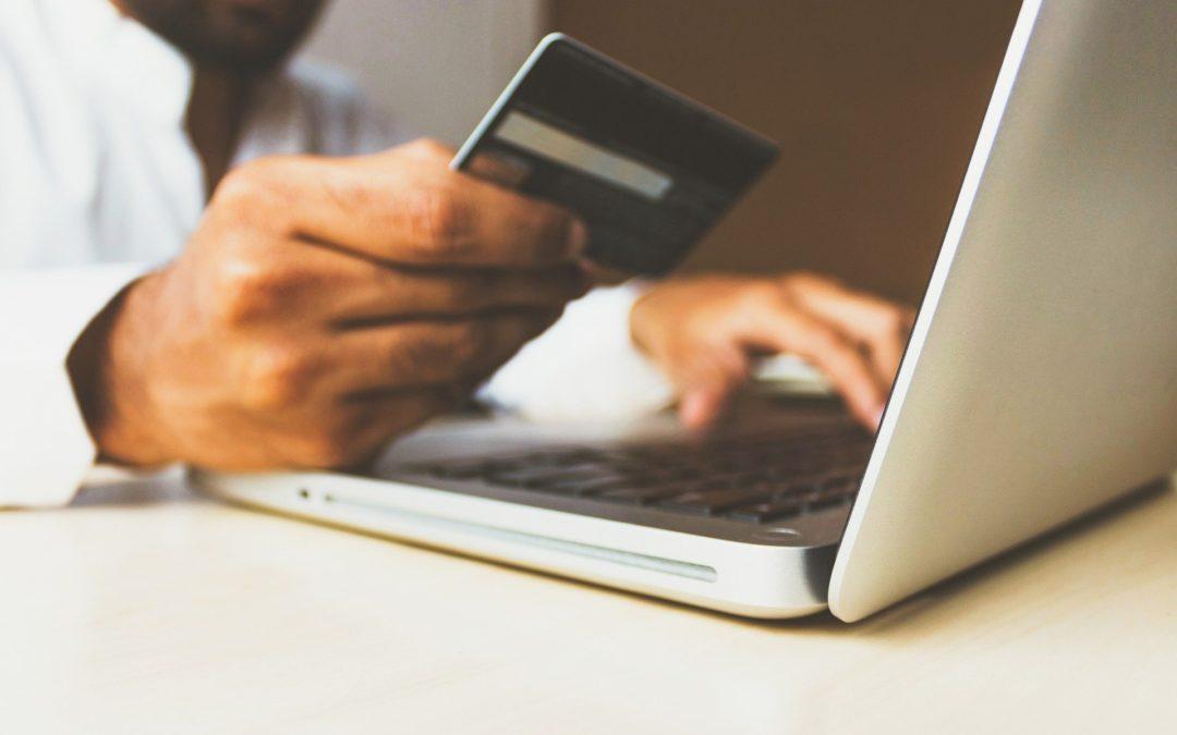 Výrazně přibylo krádeží bankovních účtů na internetu